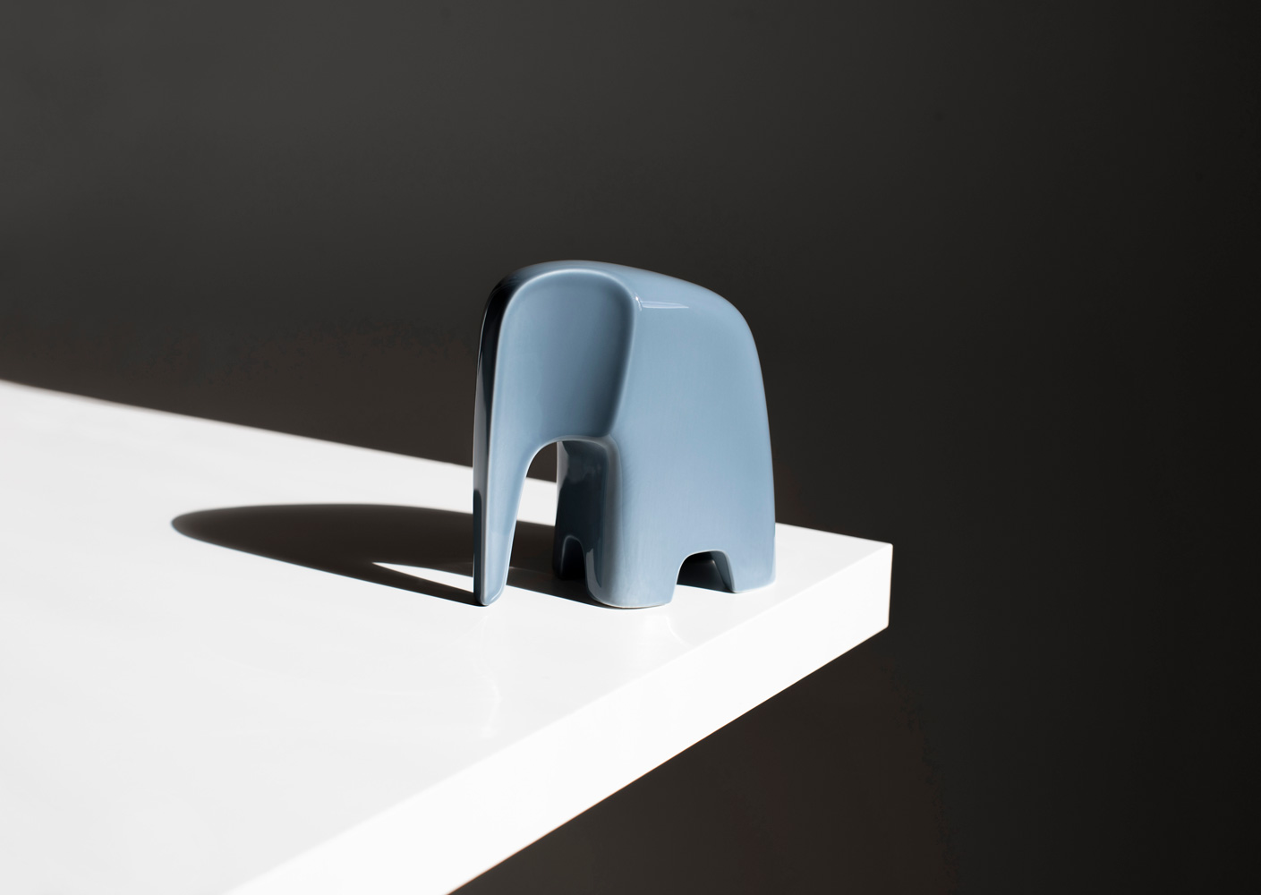 Olifant-Caussa-Kowalewski-GreyPorcelain-2